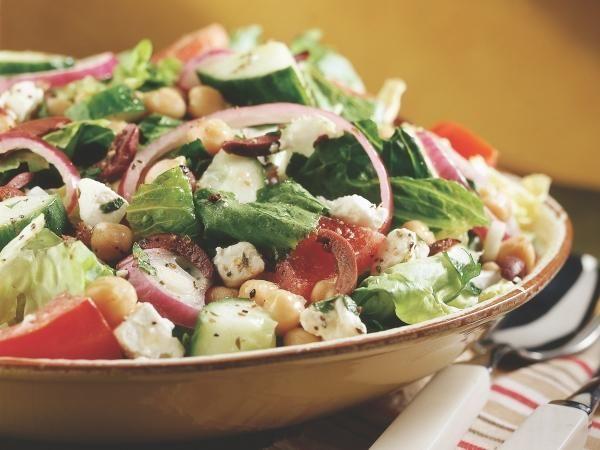 20 Low-Calorie Salads That Won't Leave You Hungry: Fresh Lemon Greek Salad http://www.prevention.com/food/cook/20-low-calorie-salads-wont-leave-you-hungry?s=5