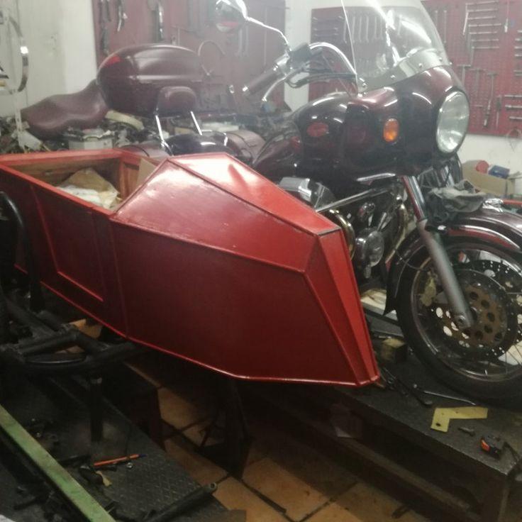 Sidecar California EV con sidecar replica anni 30 realizzato in legno e lamiera di alluminio  SidecarNapoli artigiani di qualità www.sidecarnapoli.com