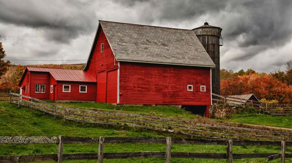 Route 7, Vermont #TravelsBestFarms Structures, England Barns, Autumn, Vermont Barns, Southern Vermont, Ridgeline Covers, Red Barns, Covers Bridges, Old Barns