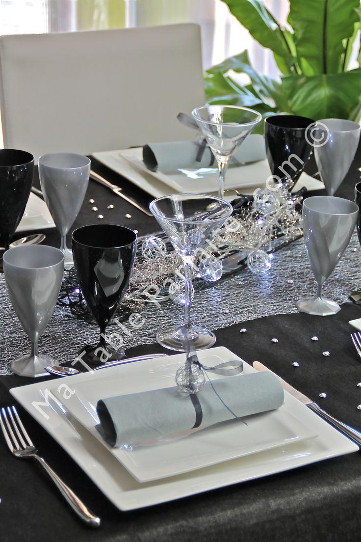 Les 25 meilleures id es concernant centre de table noirs sur pinterest d corations de mariage Decoration noir or luxe classe