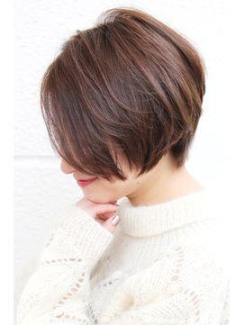 30代・40代に人気トップふんわりショートボブ/Reuna 【レウナ】 外苑前・青山・表参道をご紹介。2017年夏の最新ヘアスタイルを100万点以上掲載!ミディアム、ショート、ボブなど豊富な条件でヘアスタイル・髪型・アレンジをチェック。