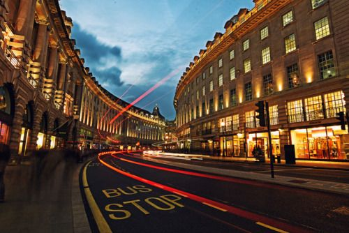 the-impossible-diary:On Regent Street