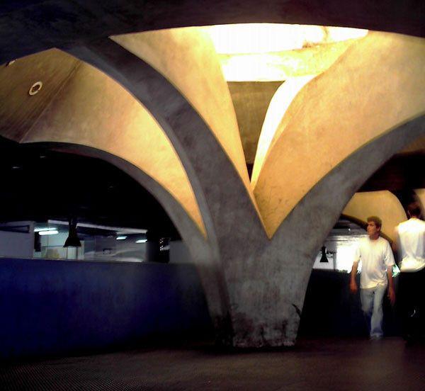 Galería de Clásicos de Arquitectura: Rodoviária de Jaú / Vilanova Artigas - 9