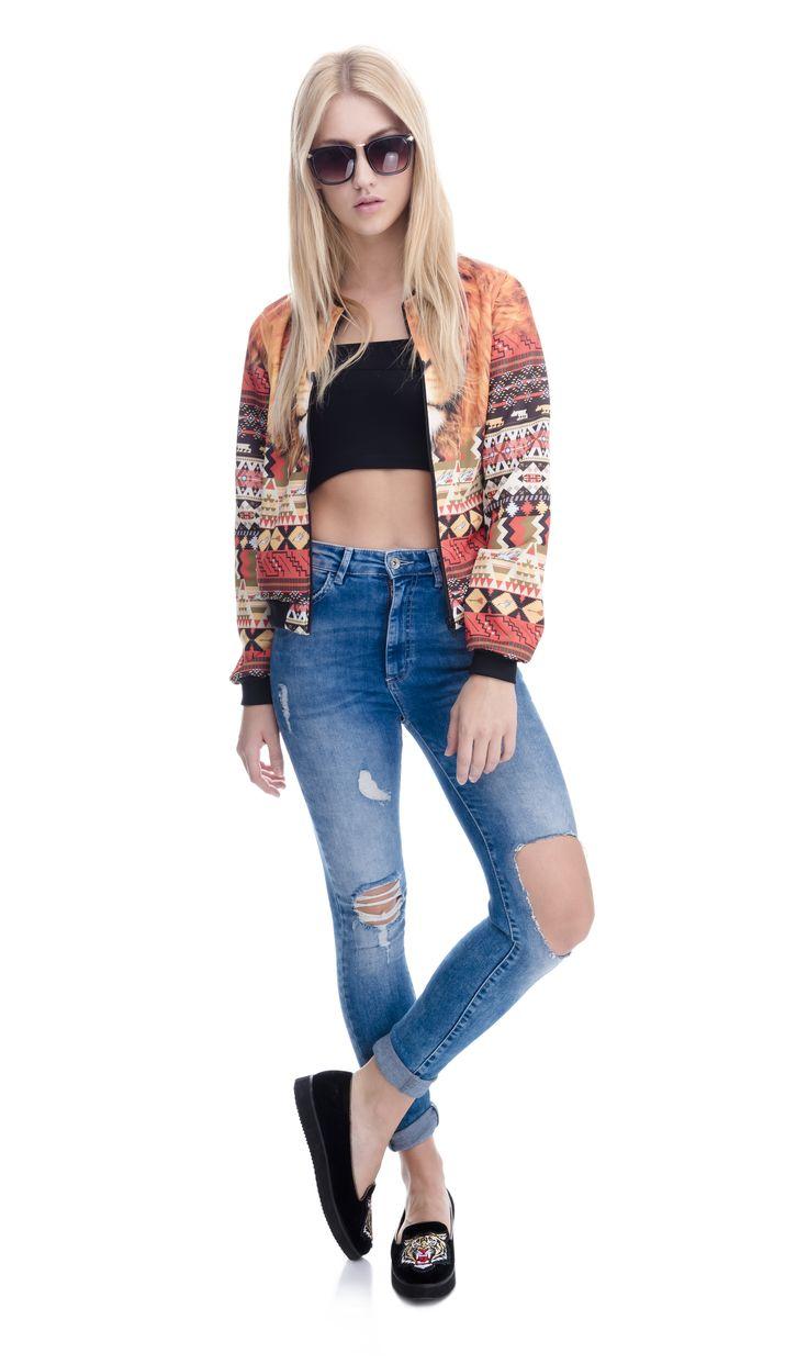 #bomberjacket #jacket  #jeans #blondehair  #model #best #fashion #fullprint