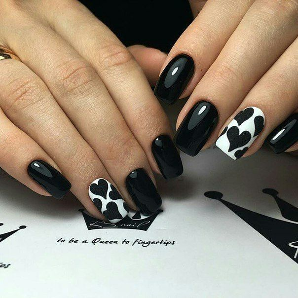Accurate nails, Beautiful nails 2016, Black and white nail ideas, Black and white nail polish, Evening nails, Exquisite nails, Festive nails, Hearts on nails