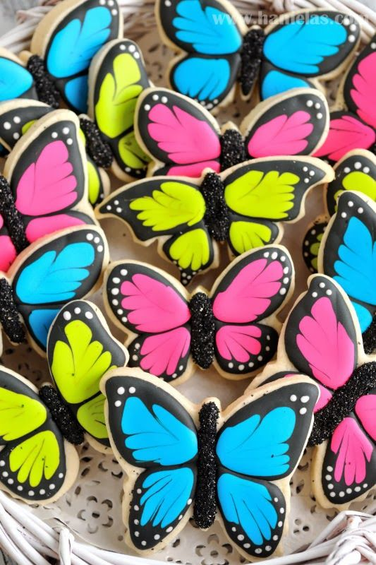 These butterfly cookies are simply gorgeous! A must for a Princess themed kid's birthday party. We have great butterfly shaped metal biscuit cutters for this purpose; they can be used for crafting decorations too. More DIY ideas for children's birthday parties available at www.craftmill.co.uk