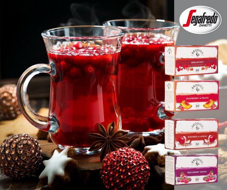 Herbata na poprawienie odporności? Tak! Do ulubionej herbaty dodajemy żurawinę bogatą w witaminę C.#Segafredo #SklepSegafredo #herbata #tea #teatime #winter #witamins #hotdrinks
