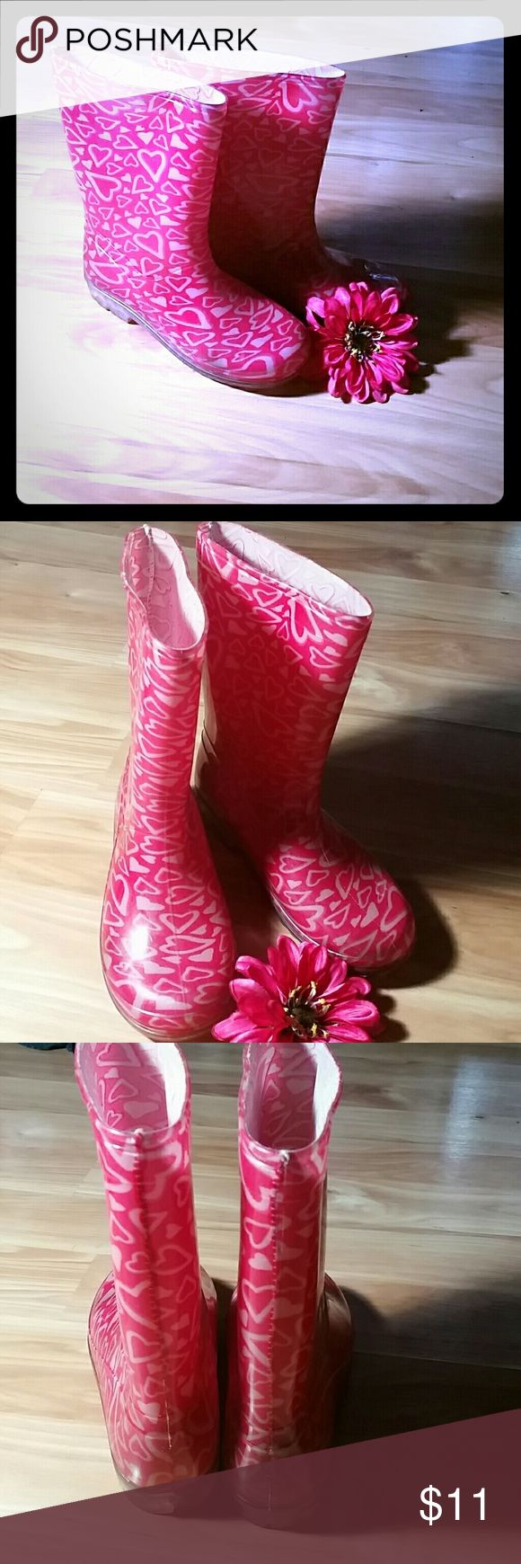 Pink Rain Boots!!! Adorable pink rain boots with white hearts! Shoes Rain & Snow Boots