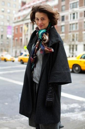 The coat the scarf   Marina Rust