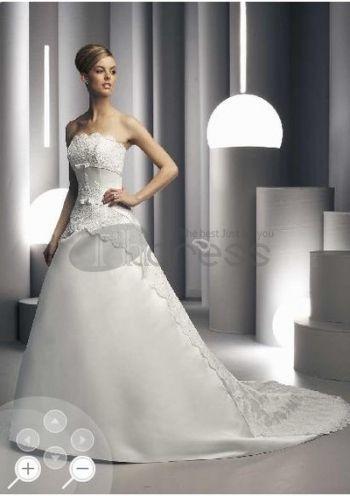 Romanticamente impreziositi giro vita abiti da sposa 2012