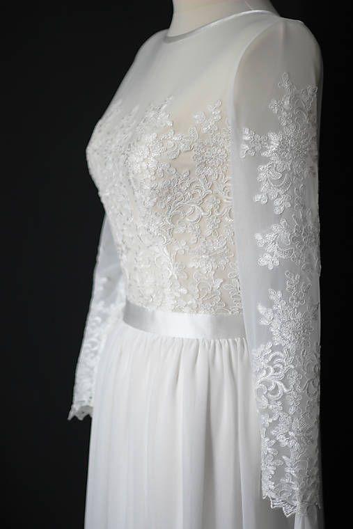 b5cf6e4e06c6 Svadobné šaty s vyšívaným tylovým živôtikom a dlhým rukávom   Dyona ...