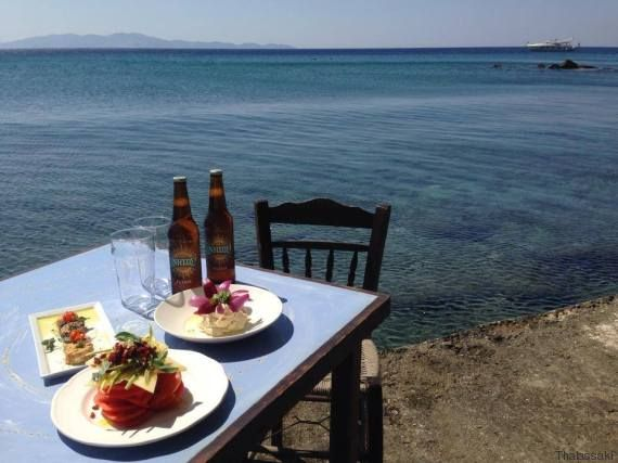 Αφιέρωμα Τήνος: Υστέρνια, το χωριό των ανέμων που αγναντεύει όλο το Αιγαίο