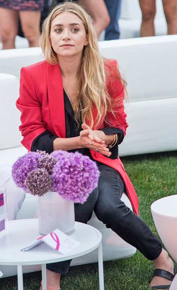 Olsens Anonymous Blog Ashley Olsen Oversized Hot Pink Blazer 3rd Annual The Hamptons Paddle And Party For Pink Charity Denim Sandals Long Wavy Hair photo Olsens-Anonymous-Blog-Ashley-Olsen-Oversized-Hot-Pink-Blazer-3rd-Annual-The-Hamptons-Paddle-And-Party-For-Pink-Charity-Denim-Sandals.jpg