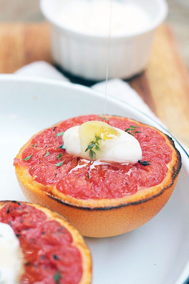 Grilled Ruby Grapefruit With Yogurt + Honey !| healthy recipe ideas @xhealthyrecipex |