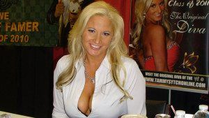 WWE Hall Of Famer calls Candice LeRae too ugly for WWE main roster