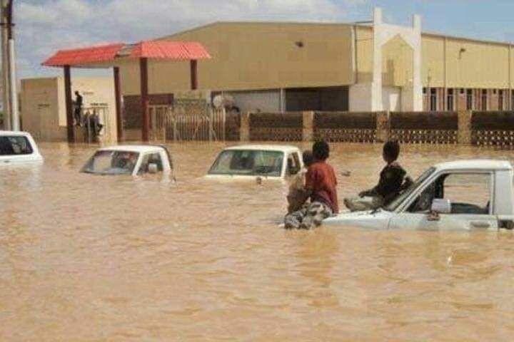 فيضان نهر النيل مما أدى لغرق ٩٠ شخص إلى الآن وإنهيار ٢٠ ألف منزل بشكل كلي و ٤٠ الف منزل بشكل جزئي وغمر عشرات القرى بشكل كامل اللهم ك ن عون ا لإخو In