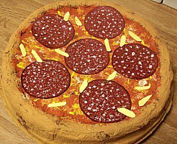 Knutselwerkje Pizza van knutselidee.nl