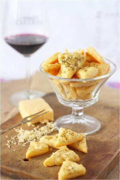 Сырное печенье с пряностями