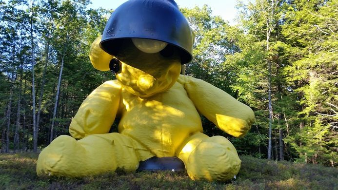 Lamp/Bear – Lincolnville, Maine - Atlas Obscura
