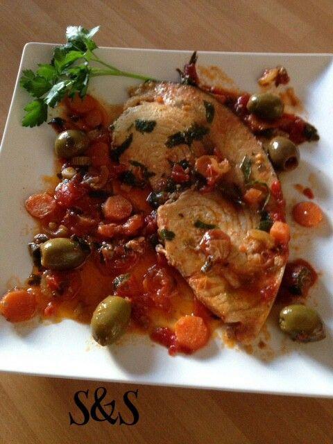 Pesce spada con olive e pomodorini.gluten free
