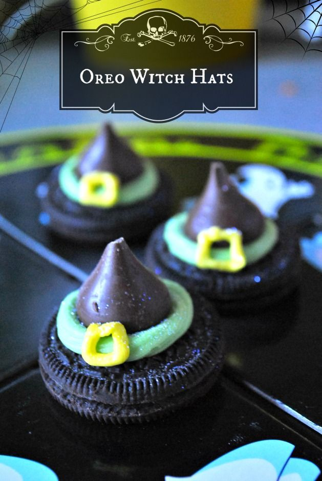 Something really fun & super cute for your Halloween table this year!!  http://superbusymum.net/oreo-witch-hats/