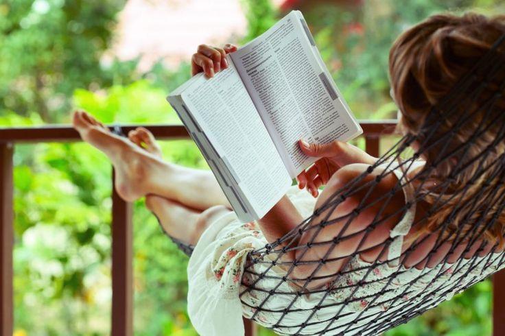 Ένα ποτήρι κρασί, ένα καλό βιβλίο κι η μοναξιά γίνεται φίλη σου. – αναπνοές