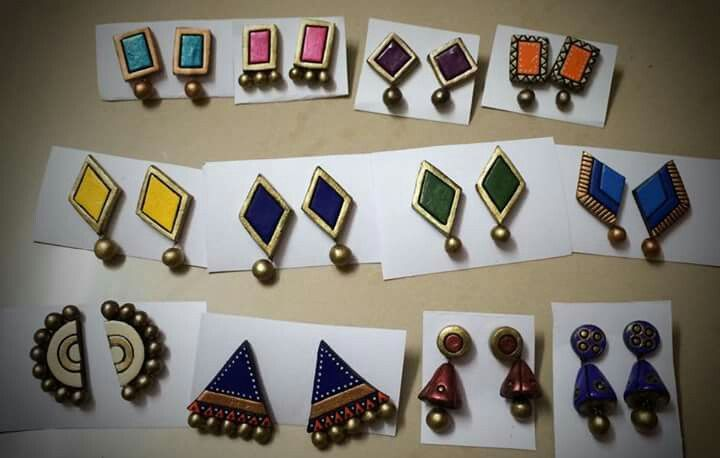 Trendy daily wear ear studs