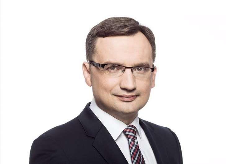 """FOCH: Minister Sprawiedliwości zawiesza komorników. """"Zer..."""