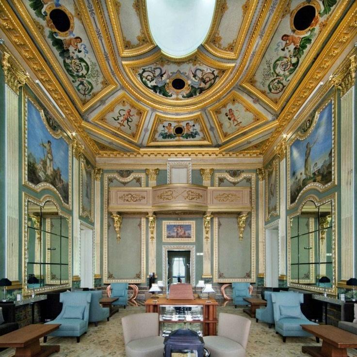 Hotel palacio do freixo porto living room ideas for Decor hotel portugal