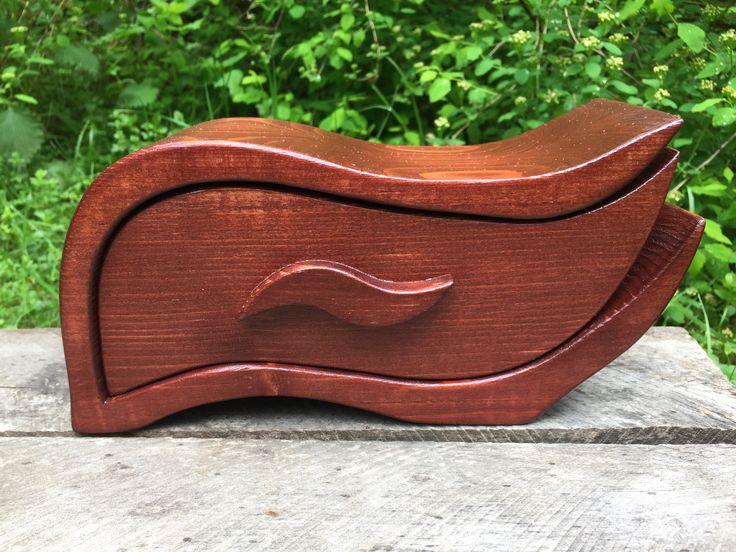 jewellery box, bandsaw box, reclaimed wood, pine wood