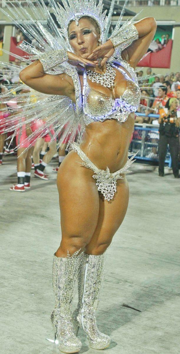 карнавал с большими задницами