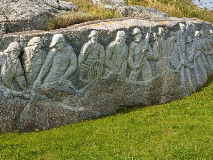 Fisherman's Memorial, Peggy's Cove Nova Scotia