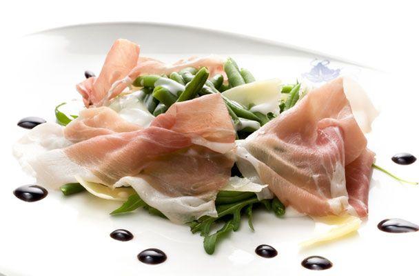Prosciutto di San Daniele con fagiolini croccanti - Parliamo di Cucina