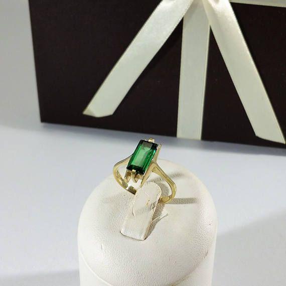 Ring Gold 333 Turmalin grün Vintage Eleganz alt GR377