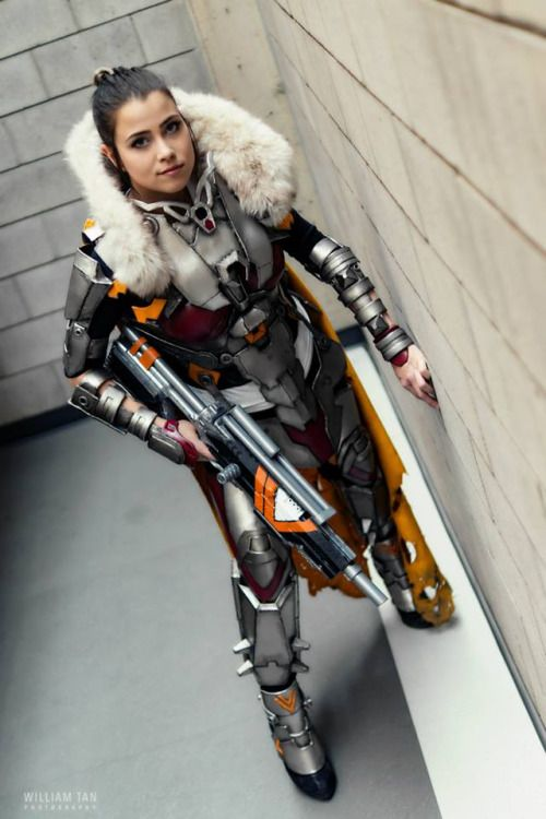 Hunter from Destiny  Cosplayer: Breebirds [TW | FB | IN] ...