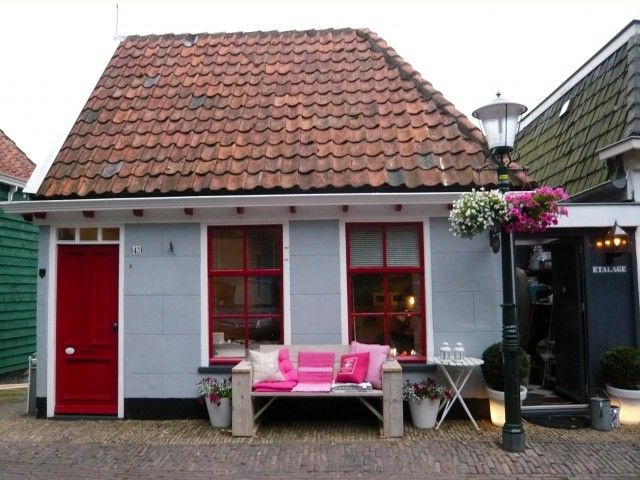 Bed & Breakfast 'De Etalage' - Texel (Netherlands) AWESOME place to go!!