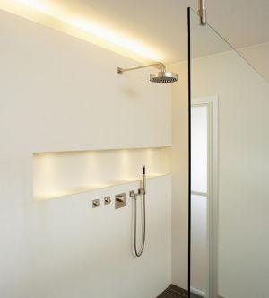 25 beste idee n over bad licht op pinterest badkamer verlichting en badkamer. Black Bedroom Furniture Sets. Home Design Ideas