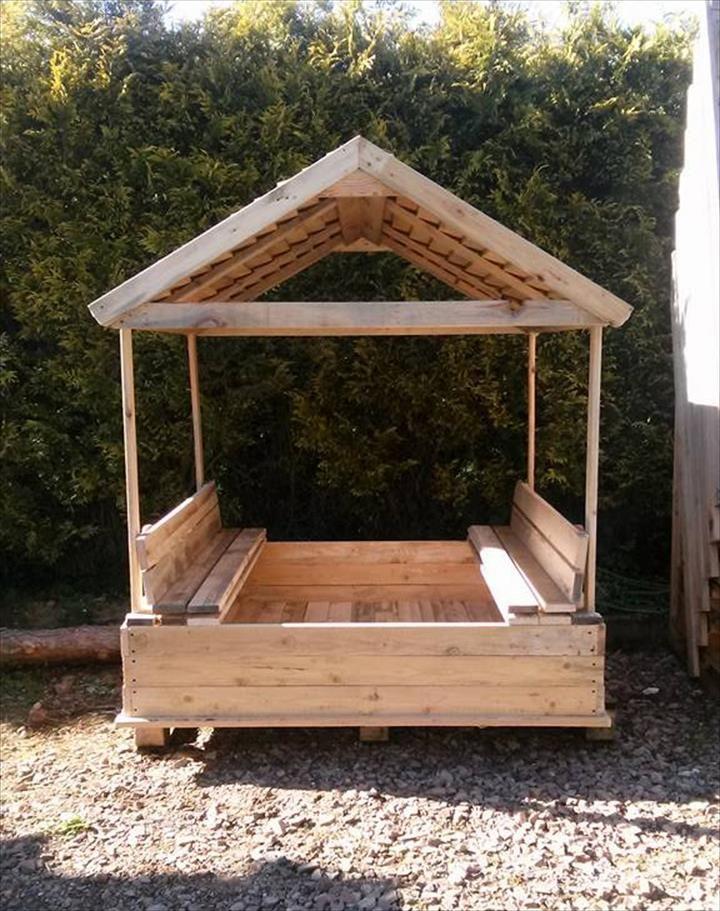 Build a Covered Pallet Sandbox - DIY | 101 Pallet Ideas