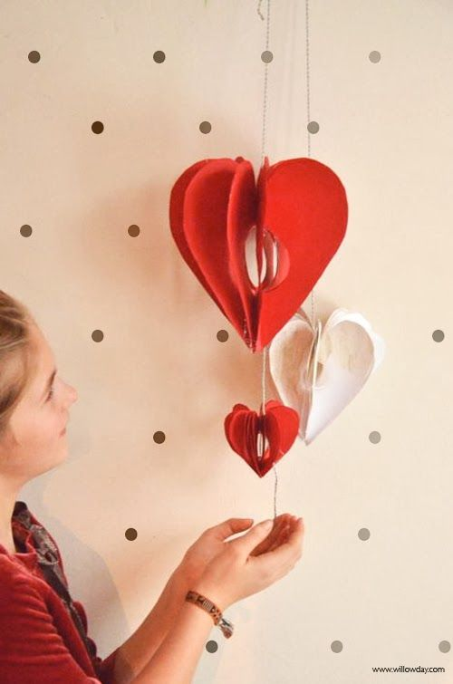 willowday - DIY 3D Heart Garland
