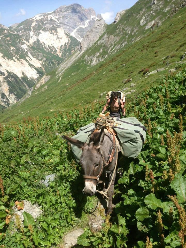 Ravitaillement du refuge de la Valette Pralognan la Vanoise French Alps