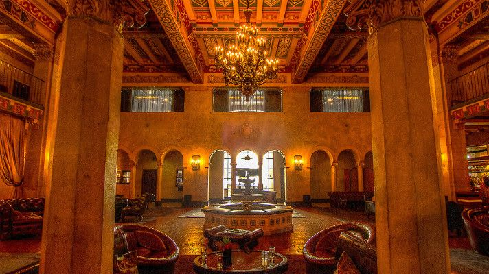 The Hollywood Roosevelt Hotel: The Story of an L.A. Icon | Discover Los Angeles