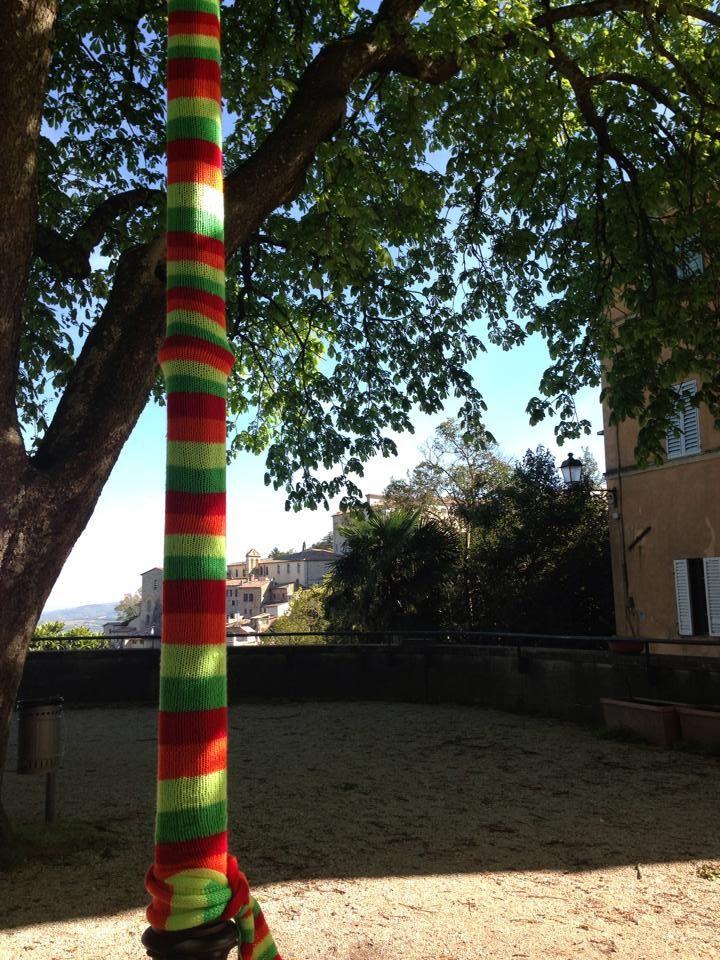 Todi.Urban knitting 2014