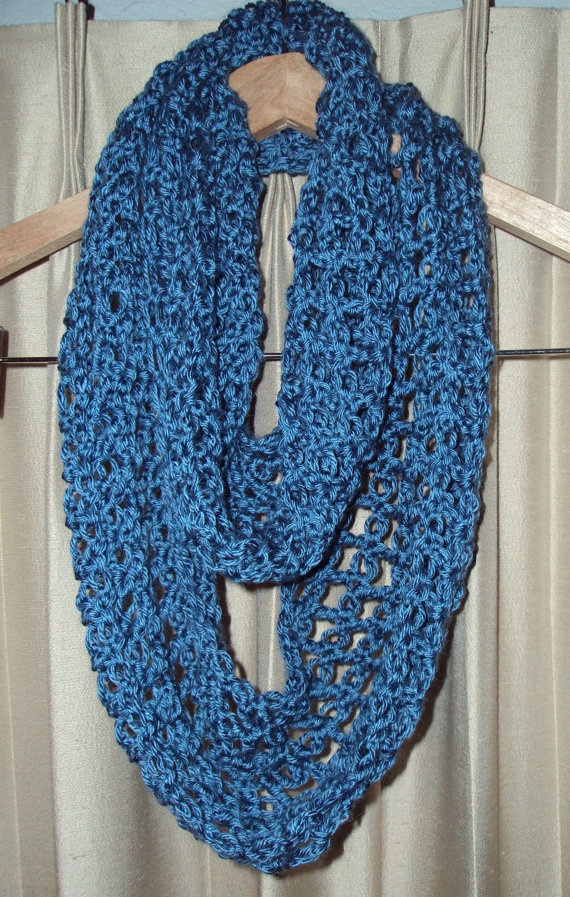 Crocheted Lover's Knot Scarf