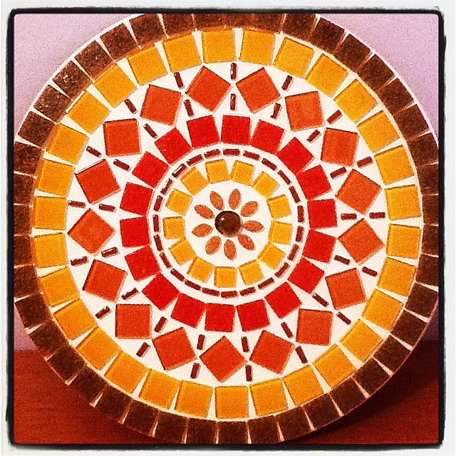Mandala Mosaico / Mosaic Coral / Orange by Sunshine by Lu, via Flickr