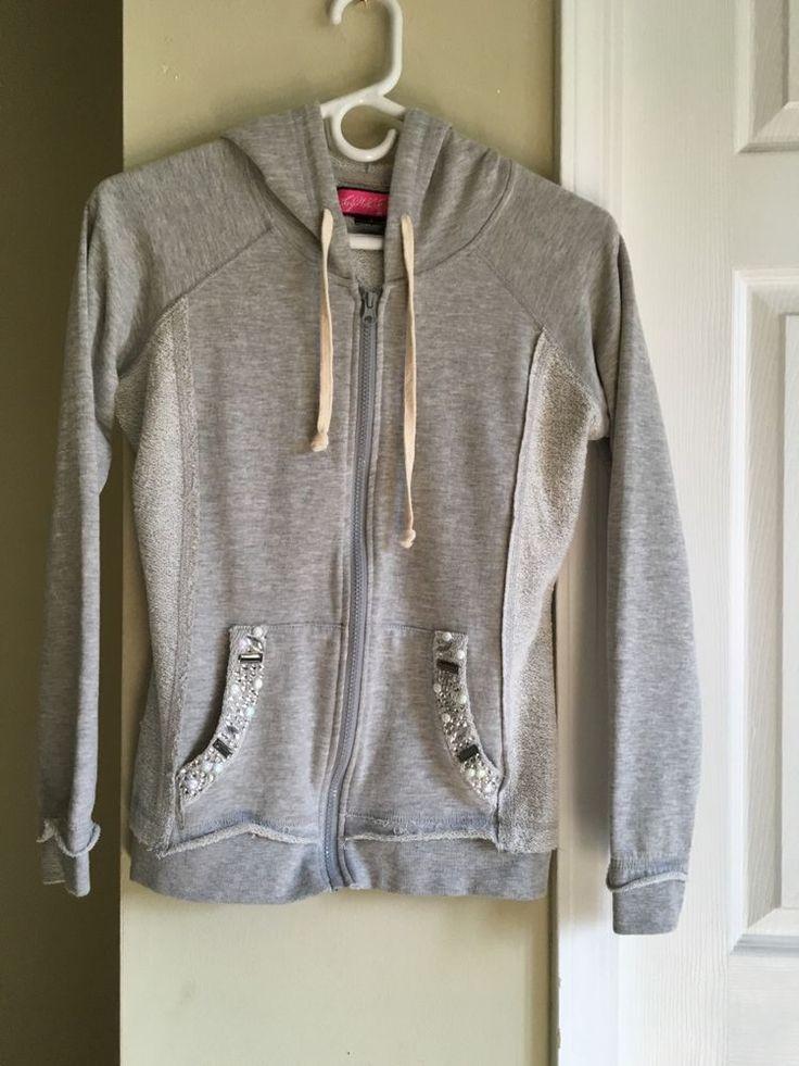 Grey zip up, detailed pockets #SayWhat #TrackJacket