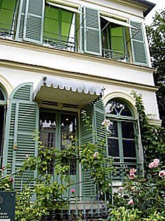 Museum of Romantic Life -- (visited in 2008) -- Paris, 9th Arr. -- George Sand and Frederic Chopin lived nearby and visited here often.