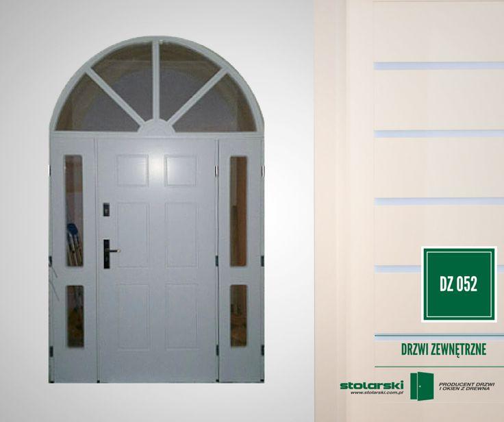 Drzwi zewnętrzne MODEL DZ 052 #drzwidrewniane #drzwizewnetrzne #door #wood #stolarnia #drzwimarzeń #realizacje www.stolarski.com.pl