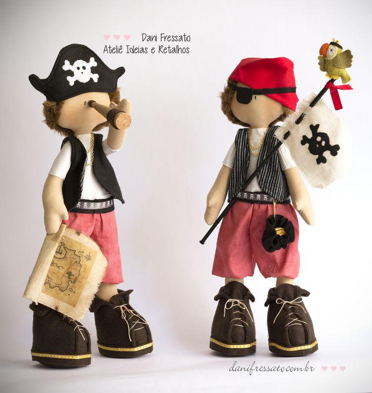 Bonecos Artesanais de Tecido - Piratas