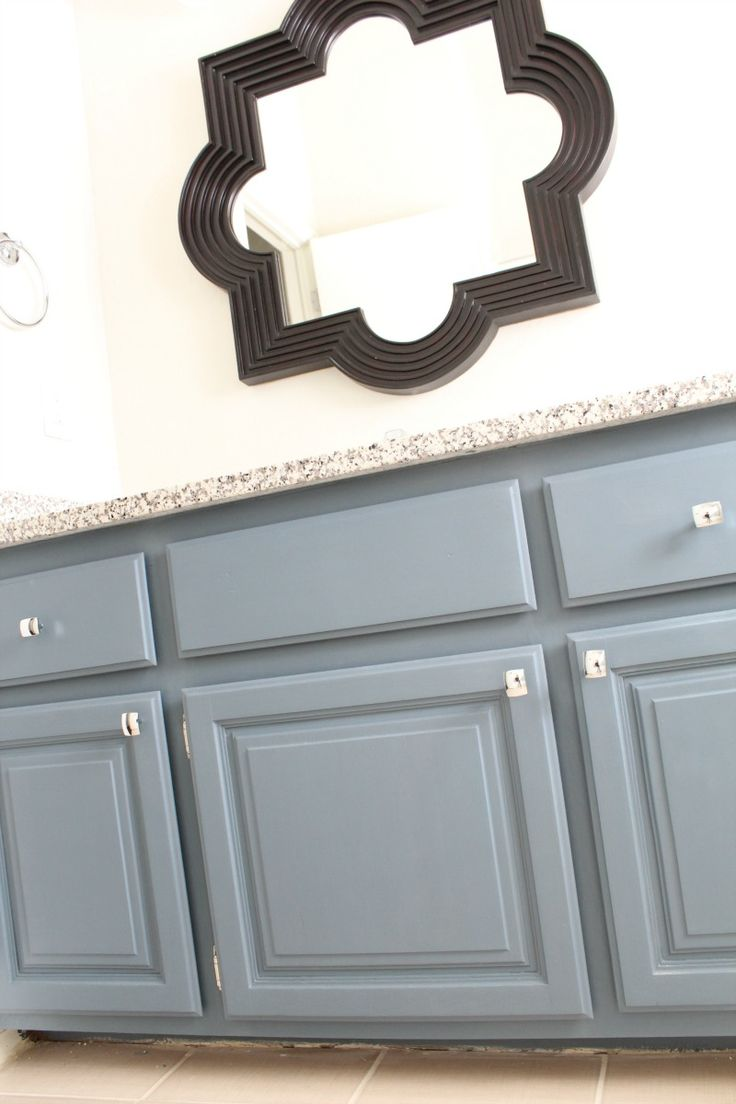 how to paint bathroom cabinets peeinn com