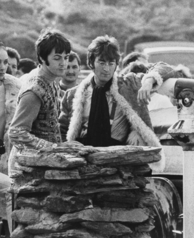 when did john lennon meet paul mccartney